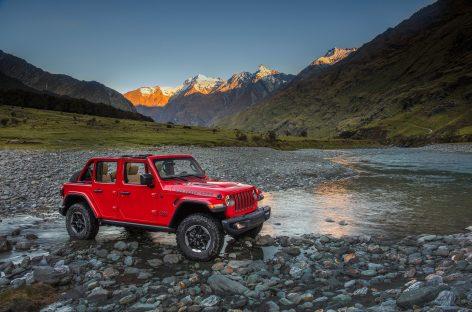 Jeep объявляет о старте продаж автомобилей через маркетплейс Сберавто