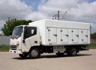 Новые автофургоны для перевозки мороженого на шасси JAC N56