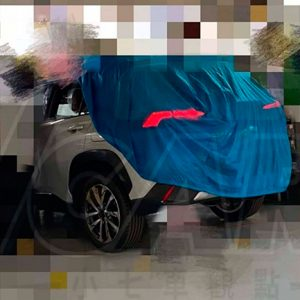 Новый кроссовер Toyota Corolla Cross показали на снимках