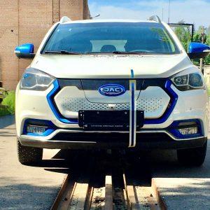 Электромобиль JAC iEV7S признан безопасным по итогам краш-теста