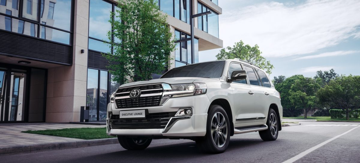 Toyota представляет обновленную версию Toyota Land Cruiser 200 Executive Lounge