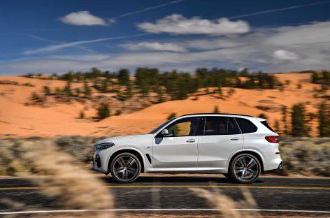 BMW — лидер премиум-сегмента по итогам шести месяцев