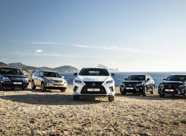 Lexus RX с гибридной силовой установкой превысил отметку в 475 000 проданных автомобилей во всем мире за 15 лет