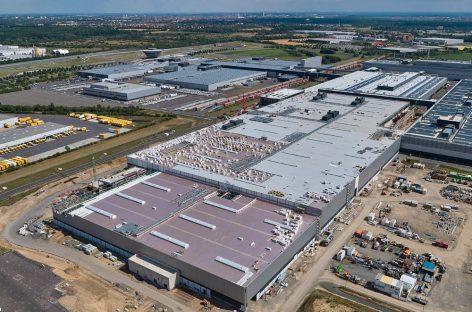 Завод Porsche в Лейпциге готовится к электромобильности