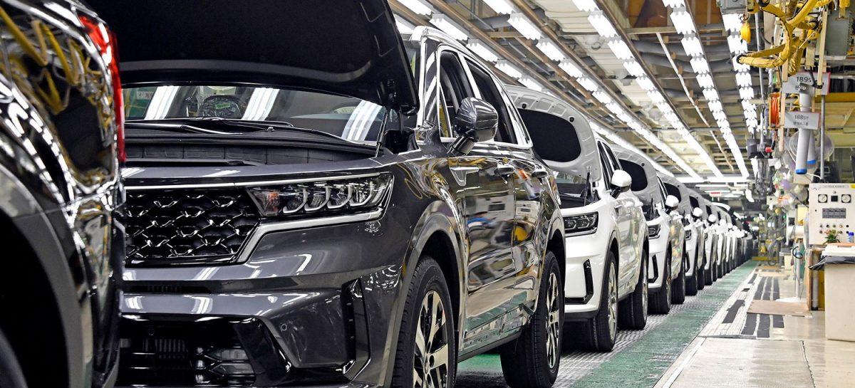 Началось производство новой гибридной версии – Kia Sorento Hybrid
