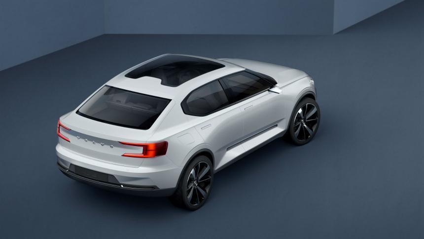 Volvo электрический купе-кросс