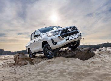 Toyota Hilux и Fortuner разбирают еще до прибытия к дилерам