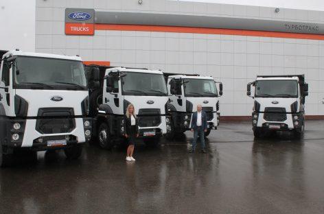 Ford Trucks поставит партию четырехосных самосвалов 4142D для компании из Камчатки