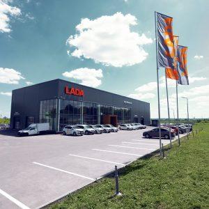 Выгодные предложения на автомобили Lada в августе