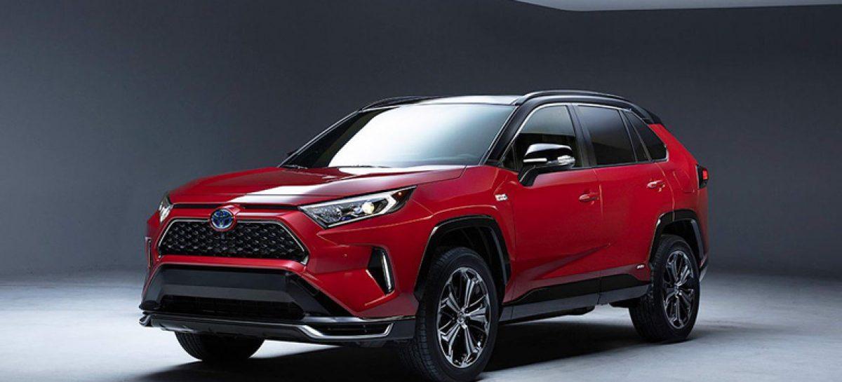 Toyota официально презентовала обновлённый кроссовер Toyota RAV4