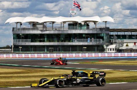 Renault на гран-при Великобритании