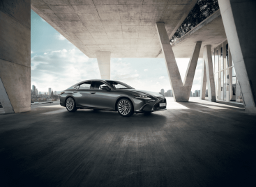 Lexus принимает заказы на специальную версию седана ES 250 Advance