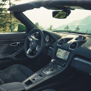 Коробка передач Porsche с двумя сцеплениями теперь доступна и для топовых модификаций Porsche 718