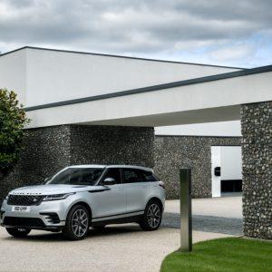 Range Rover Velar 21 модельного года: новые двигатели и информационно-развлекательная система
