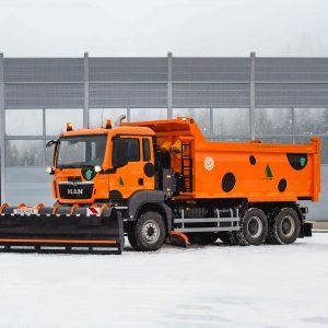 Компании «Меркатор Холдинг» и МТБР создали универсальную комбинированную дорожную машину на базе MAN
