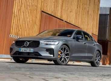 Строгий ограничитель скорости на новых Volvo удалось сломать
