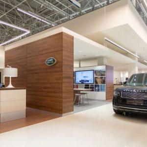 Открыт дилерский центр Jaguar Land Rover «Major Новая Рига» в новом формате ARCH