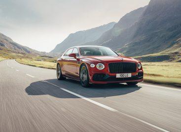 Bentley представляет новый Flying Spur V8