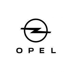 QR-код вместо букв: Opel переводит названия моделей в цифровой формат