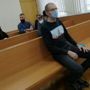 В Гродно судят таксиста за насилие над омоновцами