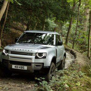 Jaguar Land Rover Россия сертифицировала лебедку для Defender