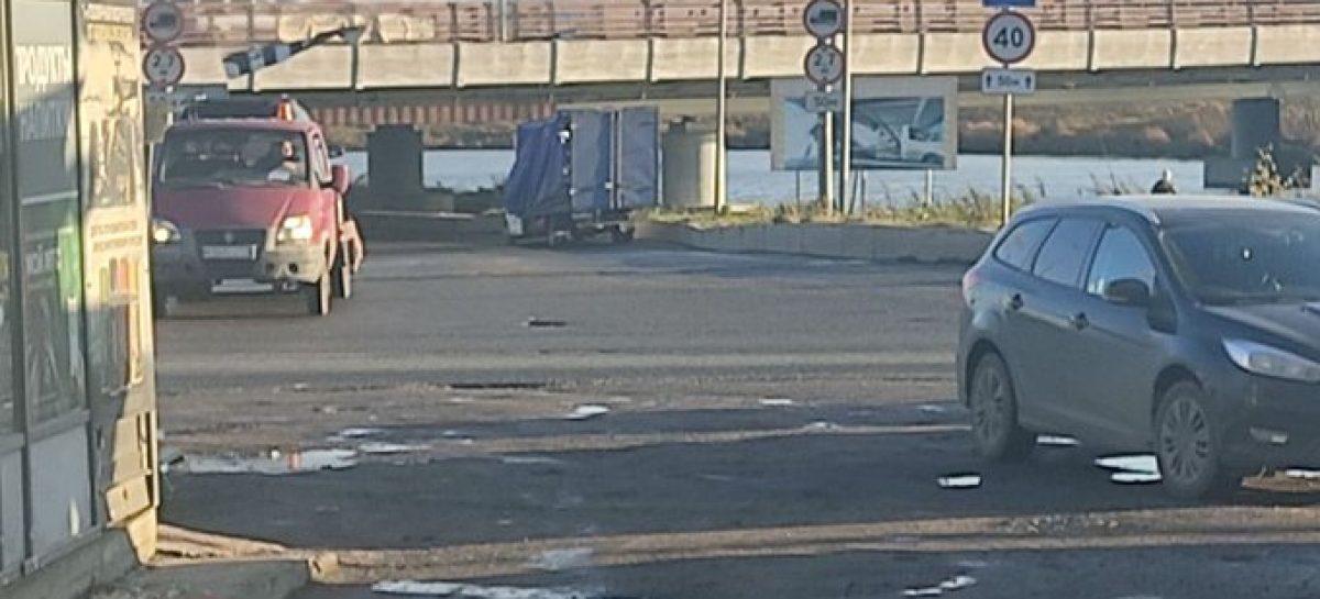 «Мост глупости» в Петербурге «поймал» уже больше 190 грузовиков