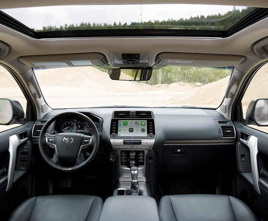 Toyota Land Cruiser Prado Black Onyx