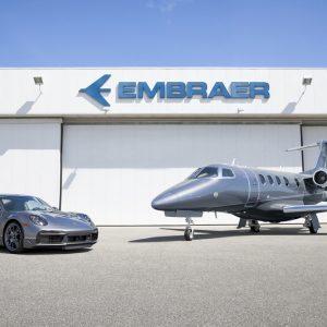 Высочайшая динамика на суше и в воздухе: Porsche сотрудничает с Embraer