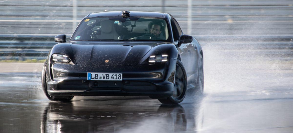 Porsche Taycan вписан в Книгу рекордов Гиннесса