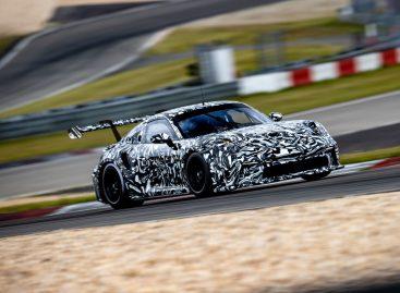 Новый кубковый болид Porsche готовится к старту