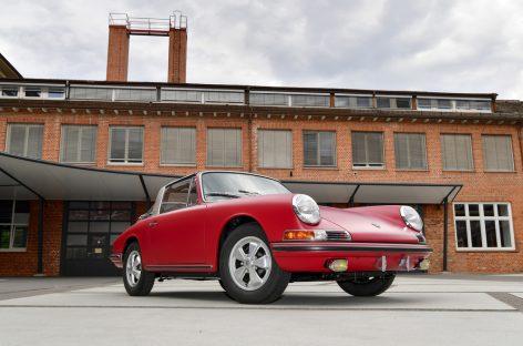 Идеальная заводская реставрация: Porsche 911 S Targa