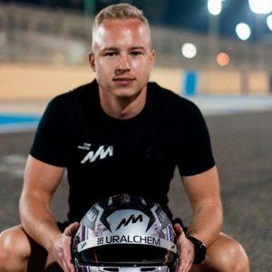Российского гонщика захотели лишить «Формулы-1» из-за «сексуального хищничества»