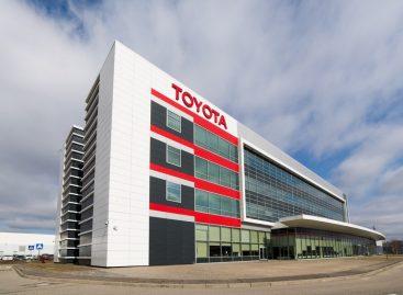 Тойота подвела итоги 2020 года: уверенное лидерство и рост продаж Toyota RAV4 на 19% и рекордный год для Lexus RX