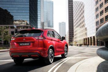 Mitsubishi объявила цены на обновлённый кроссовер Eclipse Cross и технические характеристики автомобиля