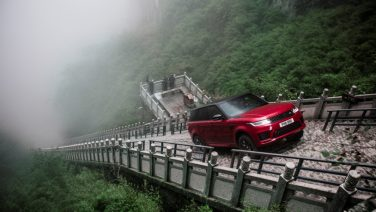 Миллионный Range Rover Sport