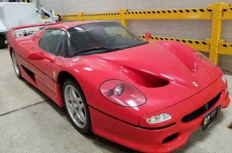 Эту Ferrari F50 угнали 18 лет назад и никто не знает, кто ее владелец