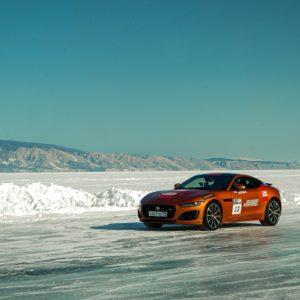 Дни Скорости на льду Байкала для F-TYPE R