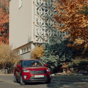 Hyundai и «Пятница» запустили новый сериал, снятый в одном из дилерских центров