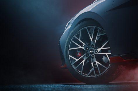 Появились первые фото Hyundai Elantra N