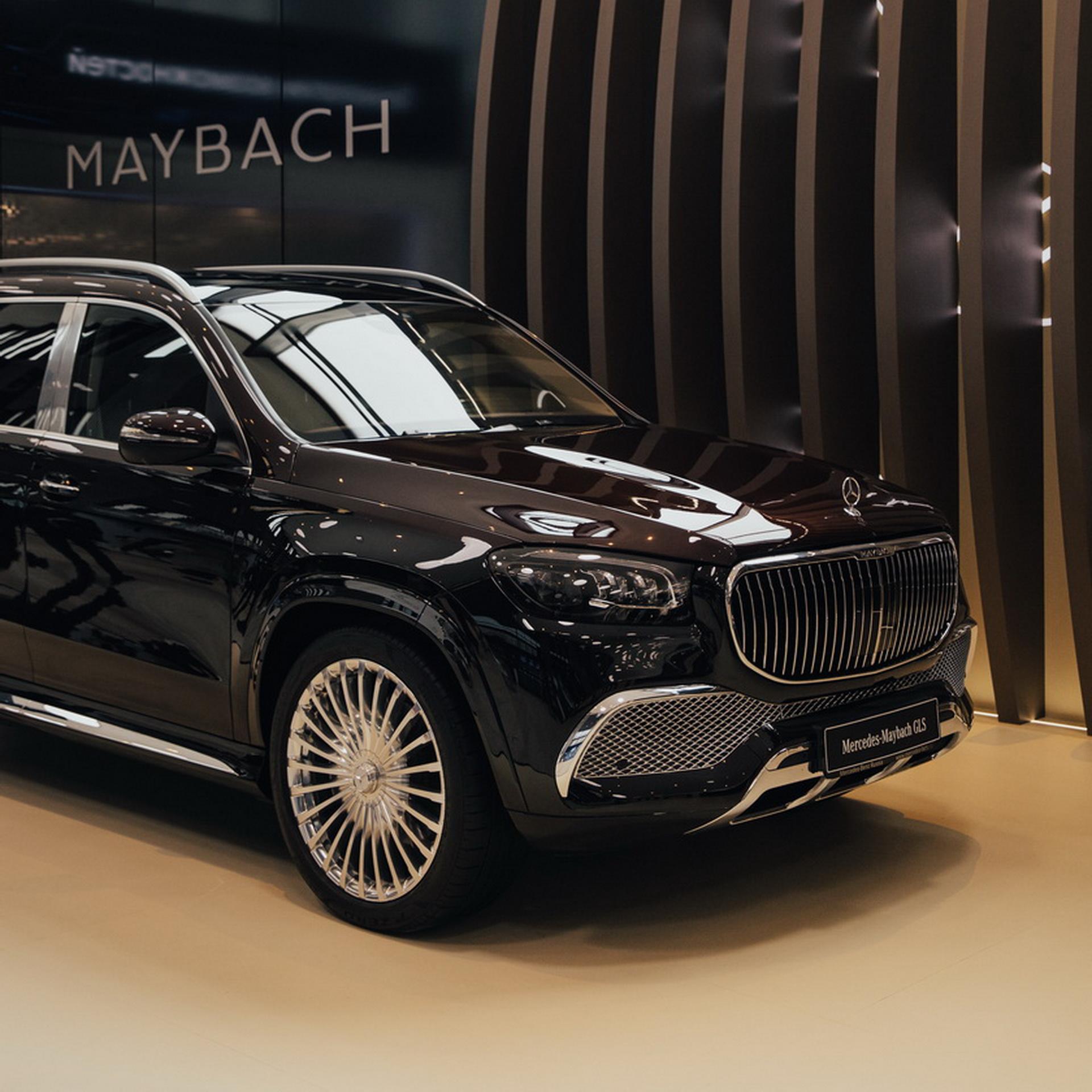 Mercedes-Maybach S-Класса был представлен на экономическом форуме_2