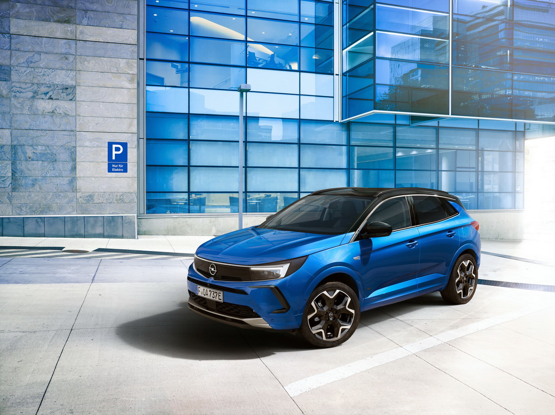 Новый Opel Grandland