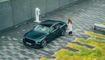 Новый силовой агрегат Bentley модели Flying Spur