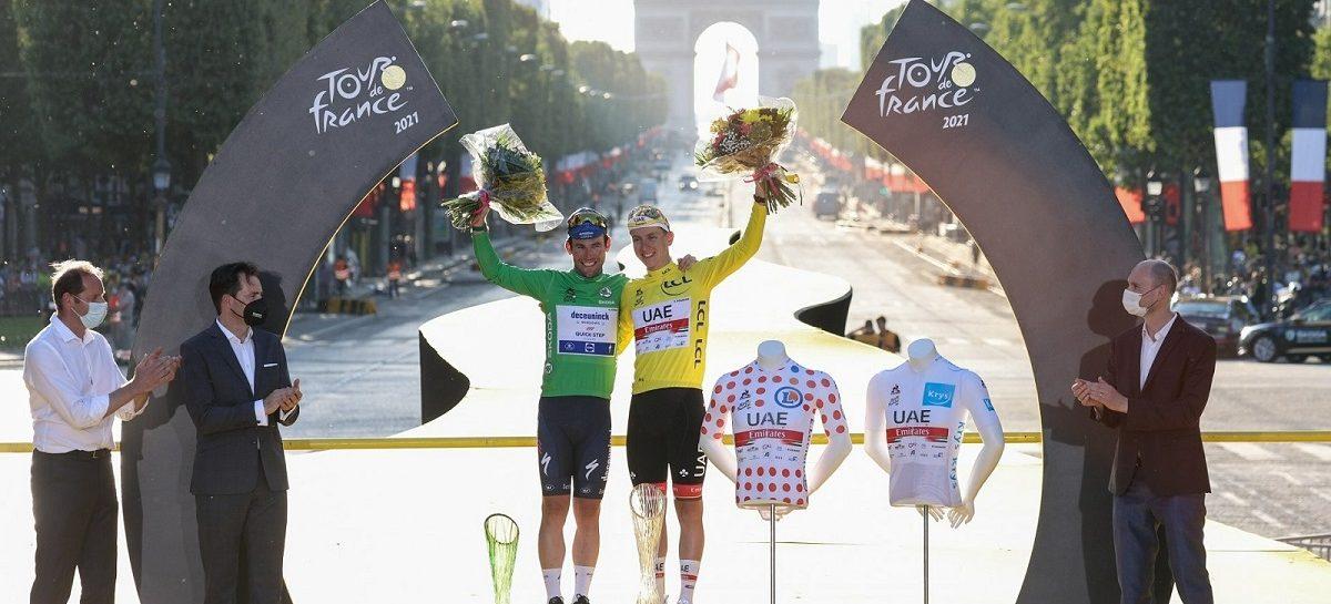Cловенский велогонщик получил хрустальный кубок от ŠKODA