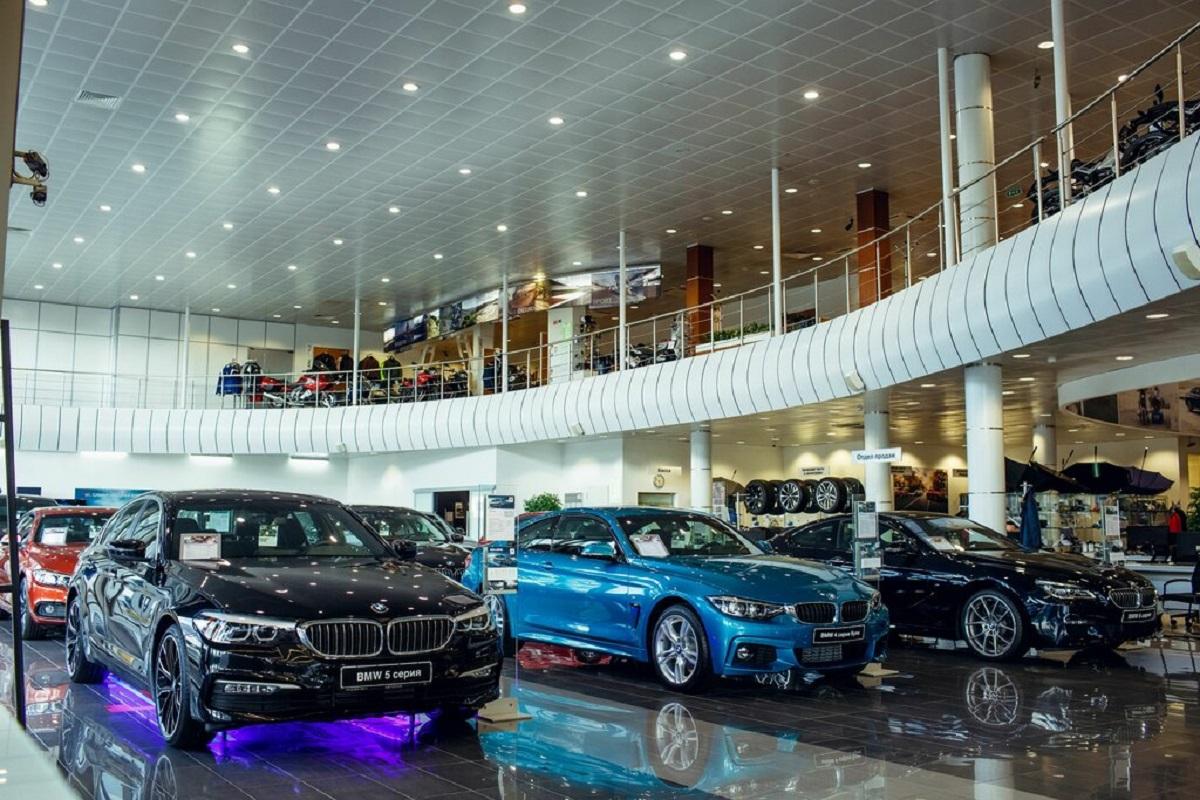 BMW автосалон