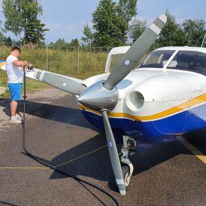 Впервые в России возможна заправка самолетов круглосуточно без участия заправщика
