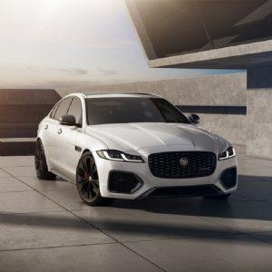 Новая эксклюзивная версия Jaguar XF R-Dynamic Black
