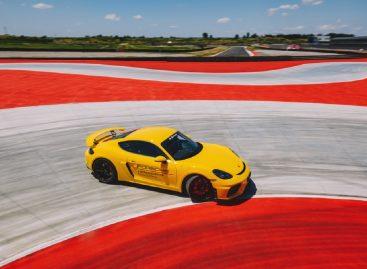 Восьмой в мире центр Porsche Experience открылся в Италии