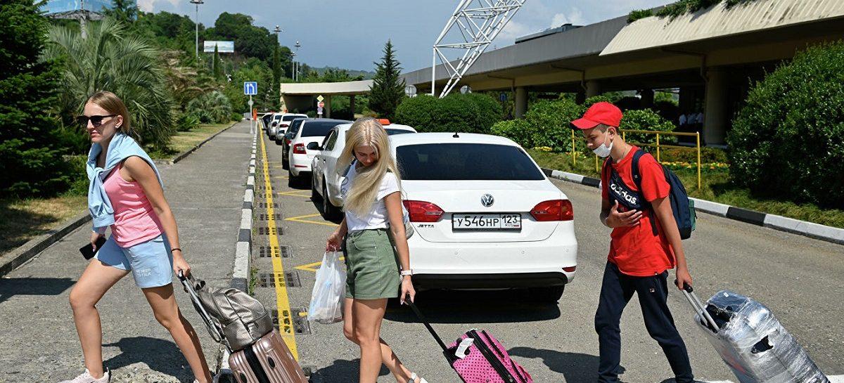 Куда и на чем россияне ездили в отпуск этим летом