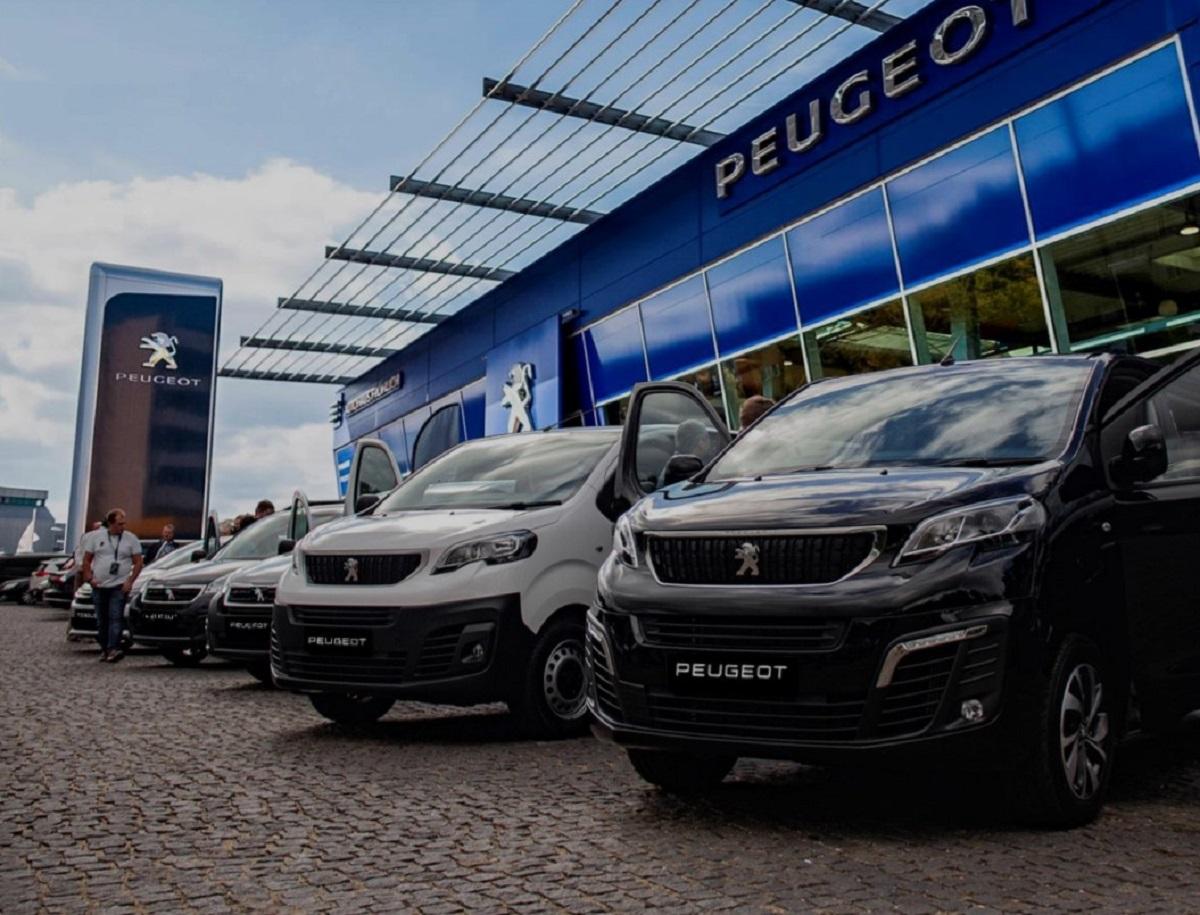 PEUGEOT отмечает 211-летие бренда