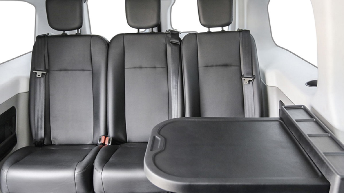 Peugeot Expert - Бизнес-купе